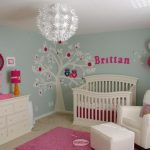 How to decorate your baby's room?